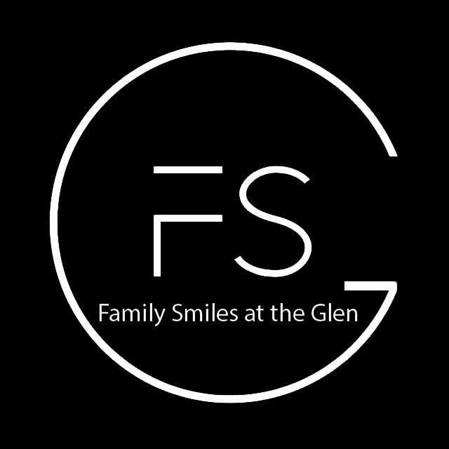 Family Smiles At The Glen  logo